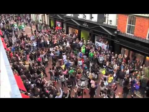Glee Flashmob - Dublin, Ireland - 13th March 2010