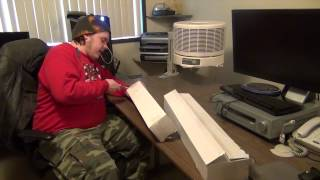 Siig Articulating Triple Monitor Desktop Mount  Unboxing.mp4