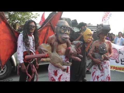 Kapre, tikbalang, aswang, atbp; Anti-pork parade to the Senate