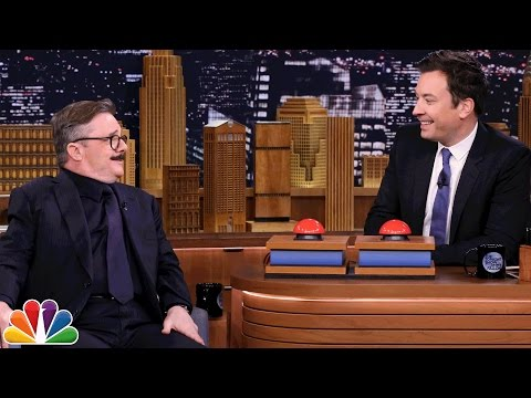 Fast Family Feud with Nathan Lane