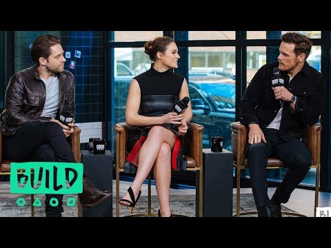 "Sam Heughan, Sophie Skelton & Richard Rankin Talk Season 4 Of ""Outlander"""