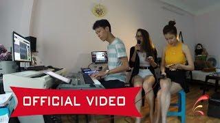 Emily ft. Hạnh Sino -  Căn Gác Trống ( Practice )