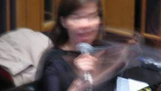 Björk- Pleasure is All Mine (Live) Maida Vale Studios-London 2004.