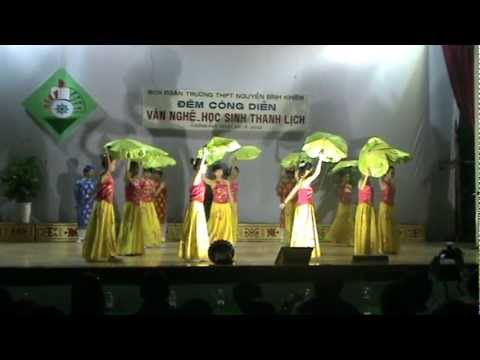 TRUONG THPT NGUYEN BINH KHIEM - KRONG PAC - SAC HOA 11A1 - GIAI NHAT.MPG