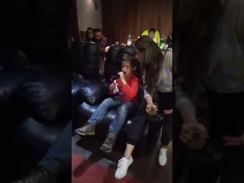Santi...karaoke