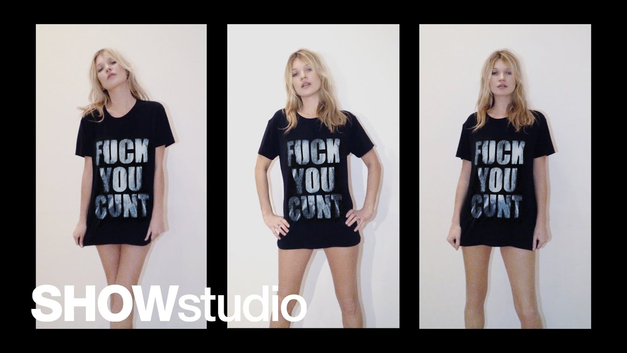 611c241e9ac2 Kate Moss's 'Fuck You Cunt' Anti-Paparazzi T-Shirt Is Brilliant |  StyleCaster