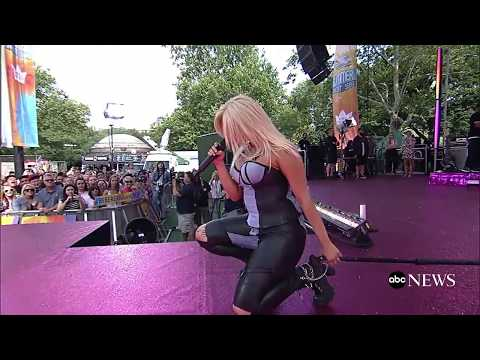"""Bebe Rexha: """"In The Name Of Love"""" - Live at Good Morning America"""