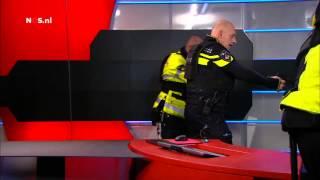 Arrestatie gijzelaar Tarik Zahzah NOS Studio Hilversum 29 januari 2015