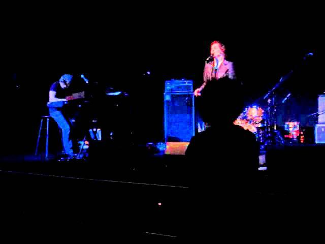 the-zombies-the-way-i-feel-inside-westhampton-beach-performing-arts-center-li-ny-8-16-14-urblut