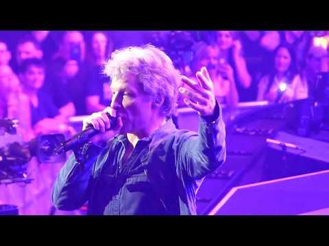Bon Jovi - Lay Your Hands On Me - Orlando 2018 - HD