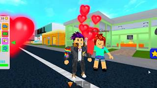 SUBSCRIBER SAYS HE LOVES ME IN ROBLOX ❤