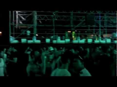 Rihanna Diamonds (Peter Rauhofer live Buenos Aires 7/12/12)