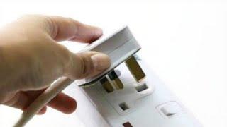 抄电表员告知,家中4件电器用完要拔掉插头,不然每月电费翻倍交
