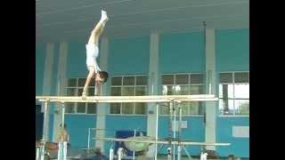 брусья 2-й спортивный разряд мужчина 10 лет, тренировка, спортивная гимнастика