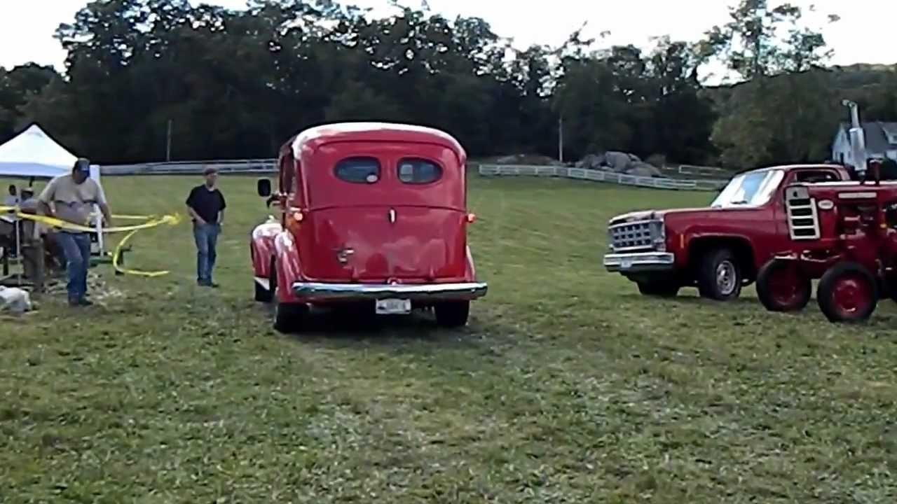 Diesel Chevy Suburban >> Cummins 4bt 3.9 turbo diesel engine in a 1941 chevy suburban at tilly foster farm - YouTube