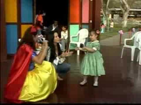 EL MEJOR SHOW INFANTIL diverty-toys con patty wong WWW.DIVERTY-TOYS.COM