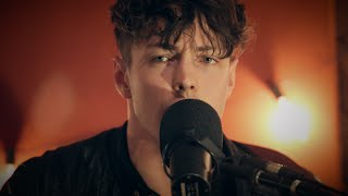 """Fire"" from Barns Courtney at 91X"
