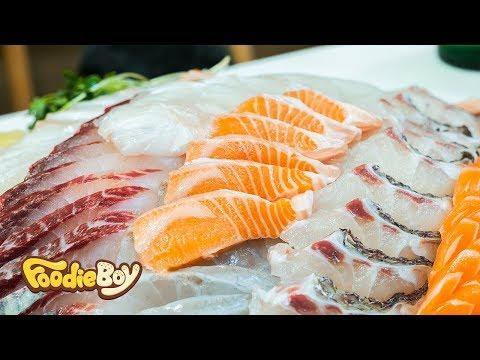 Assorted Sliced Raw Fish / Korean Street Food / Noryangjin-Dong, Seoul Korea