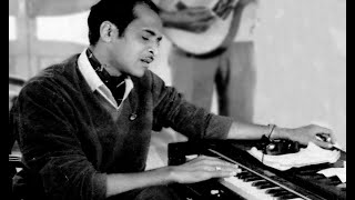 Video Bhupen Hazarika - Manuhe Manuhor Baabey (Nagamese song) - Live download MP3, 3GP, MP4, WEBM, AVI, FLV Juni 2018