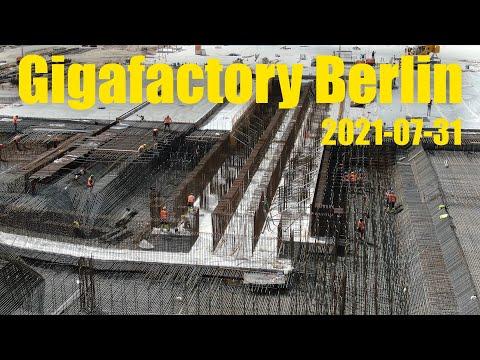 Giga Berlin   2021-07-31   First Cell Column