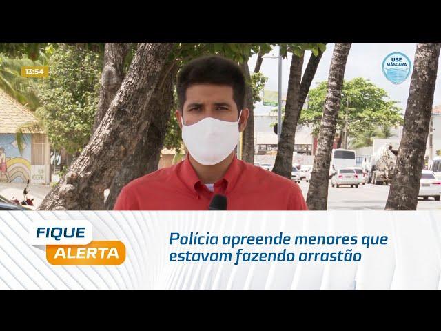 Polícia apreende menores que estavam fazendo arrastão na orla de Maceió