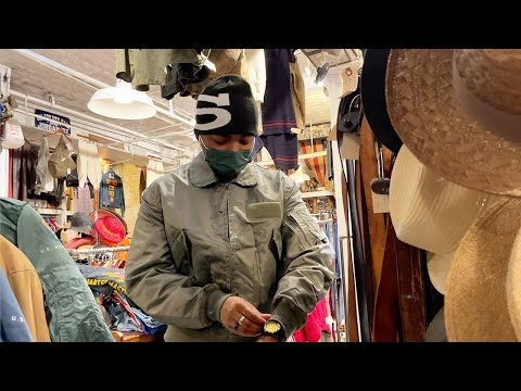 Random Vlogs #7 + Clothing Pickups Part 2 | NYC vintage clothing shopping, Japanese Books + More!