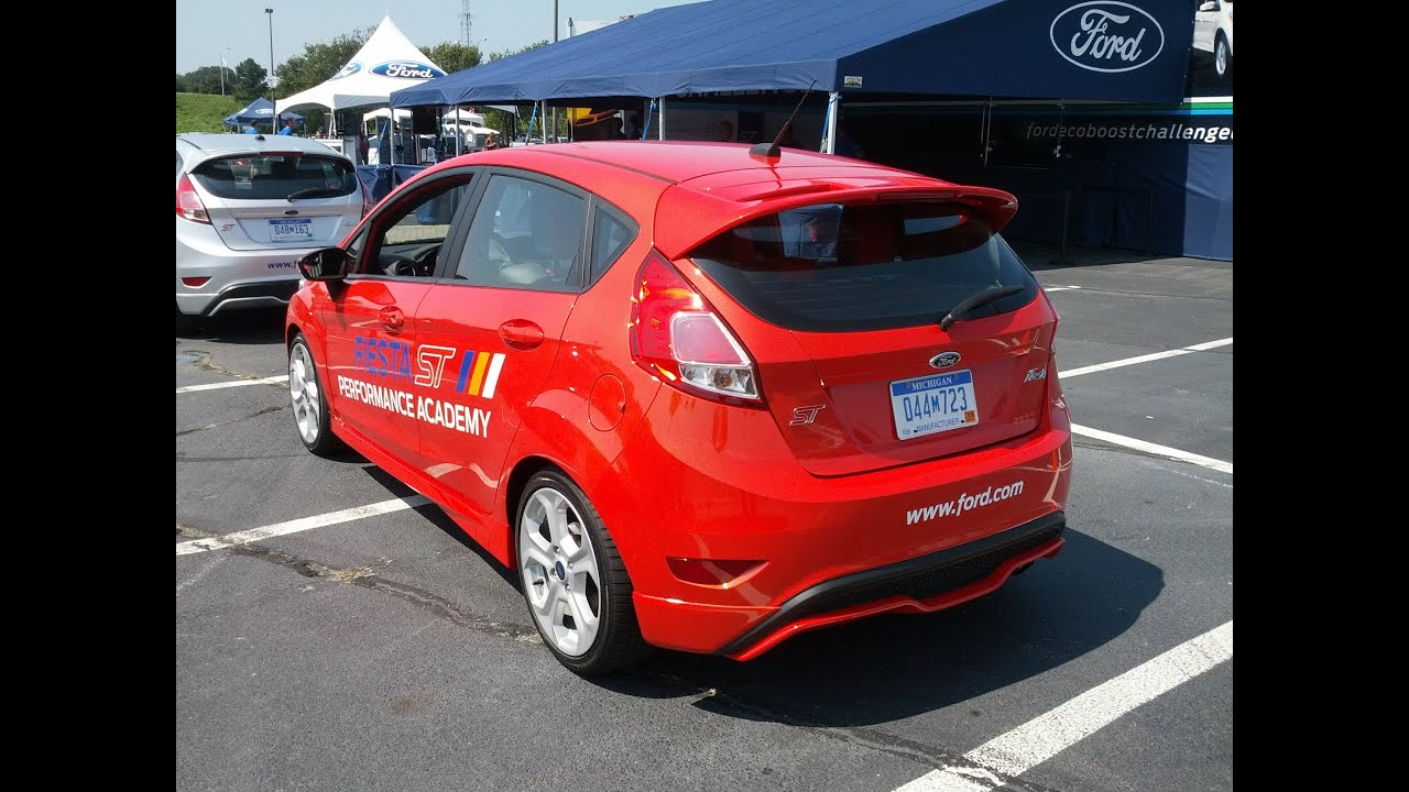 Autocrossing the 2014 Ford Fiesta ST...and some car info too! & Autocrossing the 2014 Ford Fiesta ST...and some car info too ... markmcfarlin.com