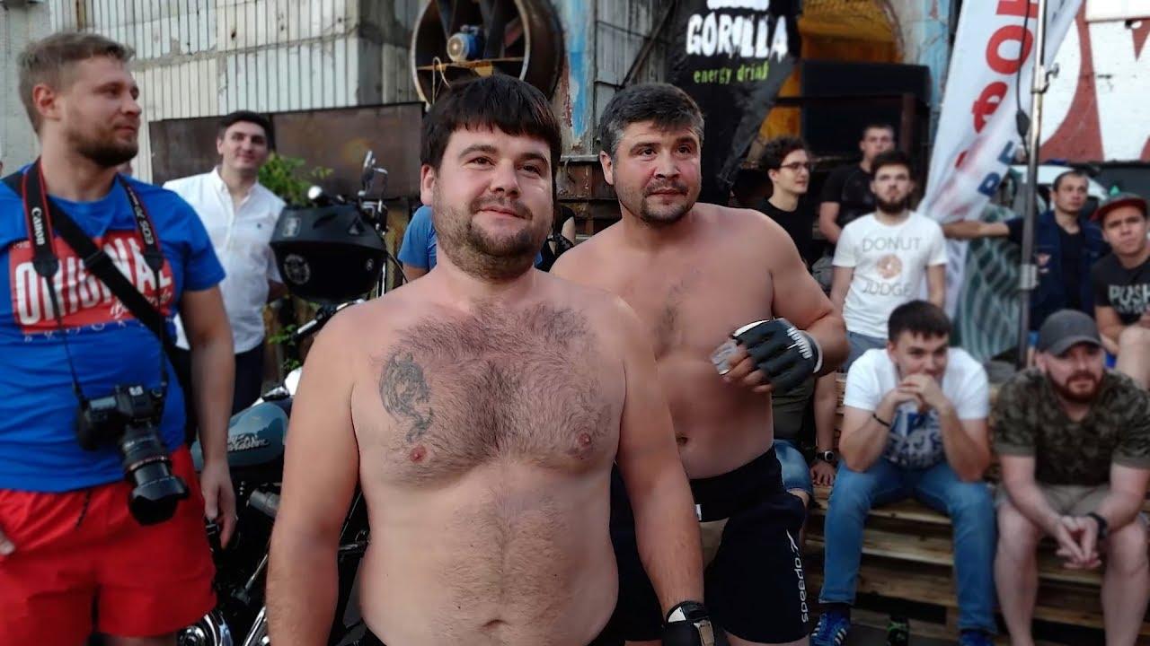 ТОЛСТЫЕ БРАТЬЯ против Двух бойцов без правил !!! Бой 2 на 2 !!!