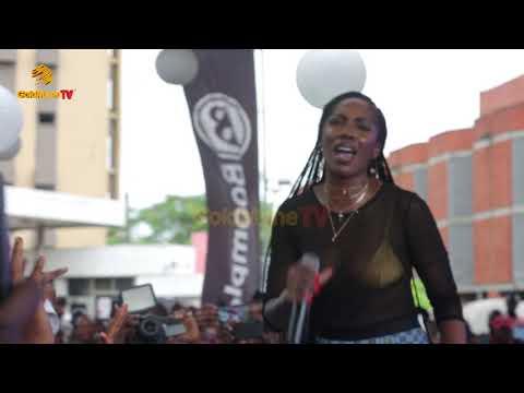 TIWA SAVAGE PREMIERES NEW MUSIC AT LAGOS ISLAND