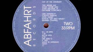 Скачать Out Of Ordinary Der Weisse Hai Hard House Mix