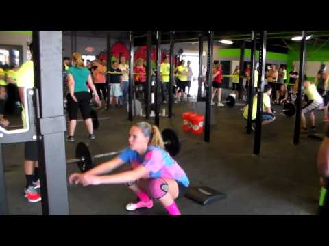 Kassidy Sommer At 2015 Festivus Games - CrossFit Knoxville (4/18/2015)