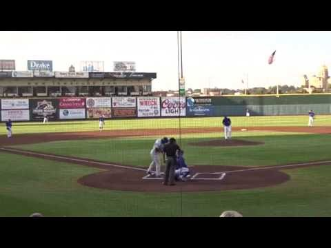YASIEL PUIG BLASTS A HOME RUN FOR THE OKLAHOMA CITY DODGERS!!