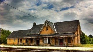 Urban Exploration: Abandoned Railway Station