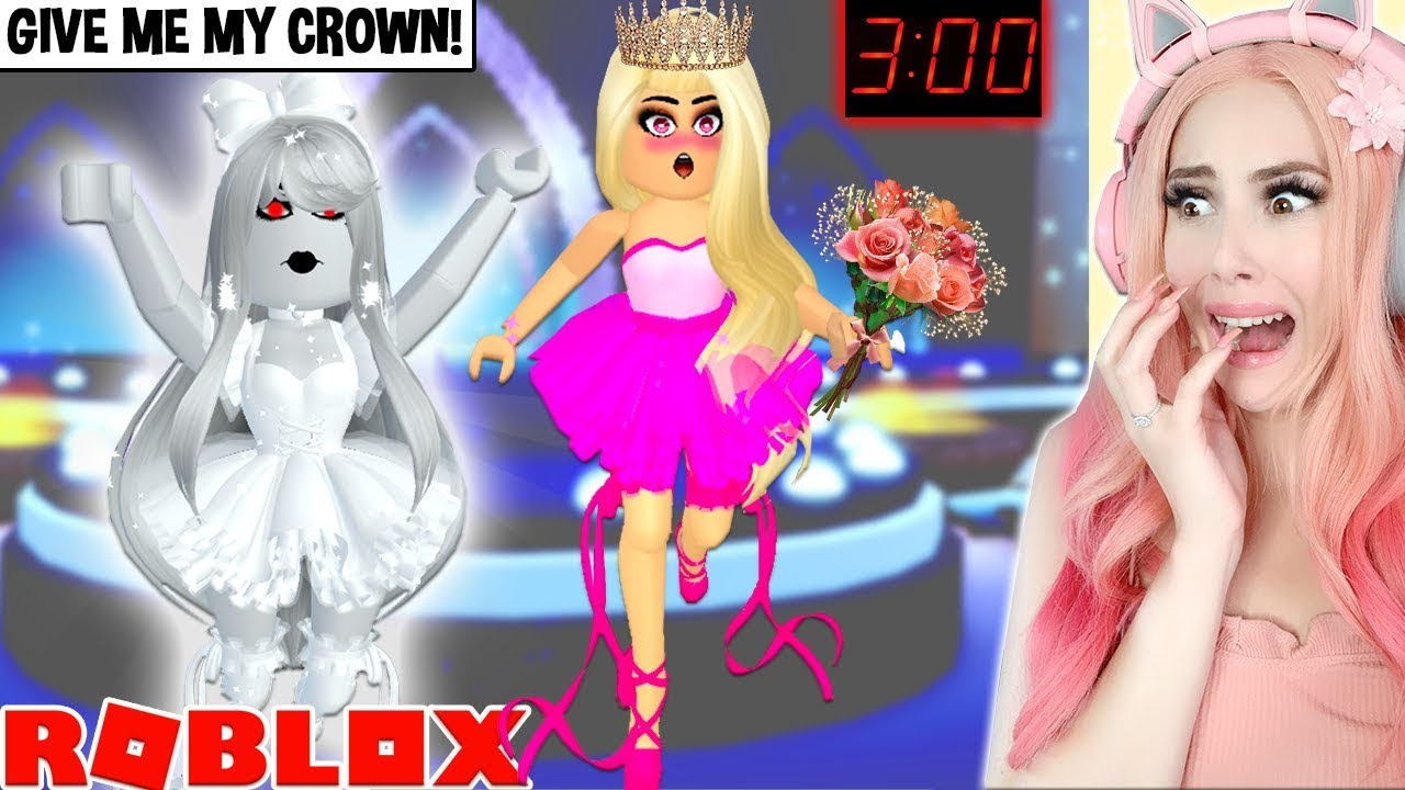 Do Not Win Pageant Queen At 3am In Royale High Or This Happens A