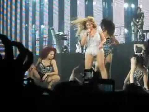 Beyonce diva revel concert hall may 26 2012 youtube - Beyonce diva video ...