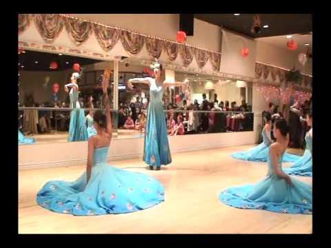 Peacock Dance 孔雀舞