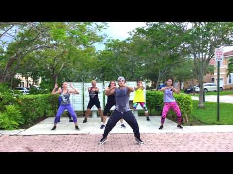 ANDAS EN MI CABEZA (Chino y Nacho) – Byron Zumba Choreography