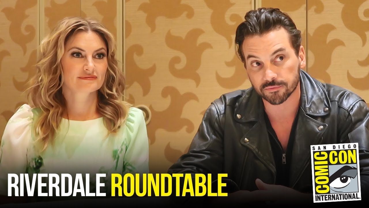 Mädchen Amick & Skeet Ulrich Riverdale Roundtable Interview at Comic Con 2018