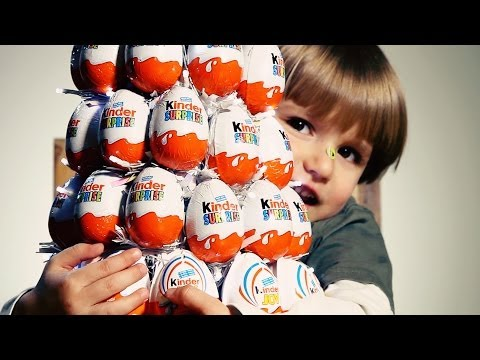 Sammie is opening 10 Kinder Surprise Eggs our Kinder Christmas Tree​​​