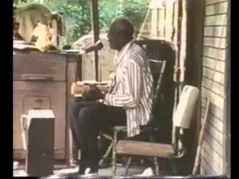 Arthur 'Big Boy' Crudup - My Baby Left Me - 1972