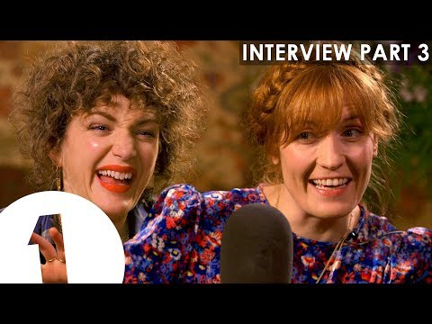 """""""Put That Drink Down, Eat A Sandwich!"""": Florence + The Machine To Her 17 Year Old Self! 