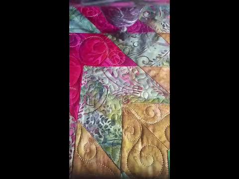 Custom Quilting Radiant Star freemotion longarm Quilting Quilt,  hand guided, Gammill Vision