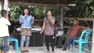 "Lagu nias ""Lö'awuwu"" Lagu Ella Daeli"