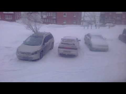 Не заводится машина / Быстрый запуск в мороз / Как завести авто в -35