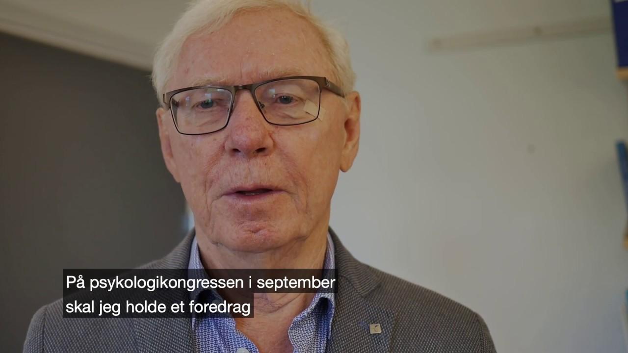 Odd Arne Tjersland promoterer foredraget sitt på Psykologikongressen 2019