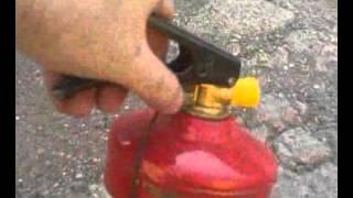 порошковый огнетушитель работа низкое давление(Старый огнтушитель., 2015-08-02T18:02:59.000Z)