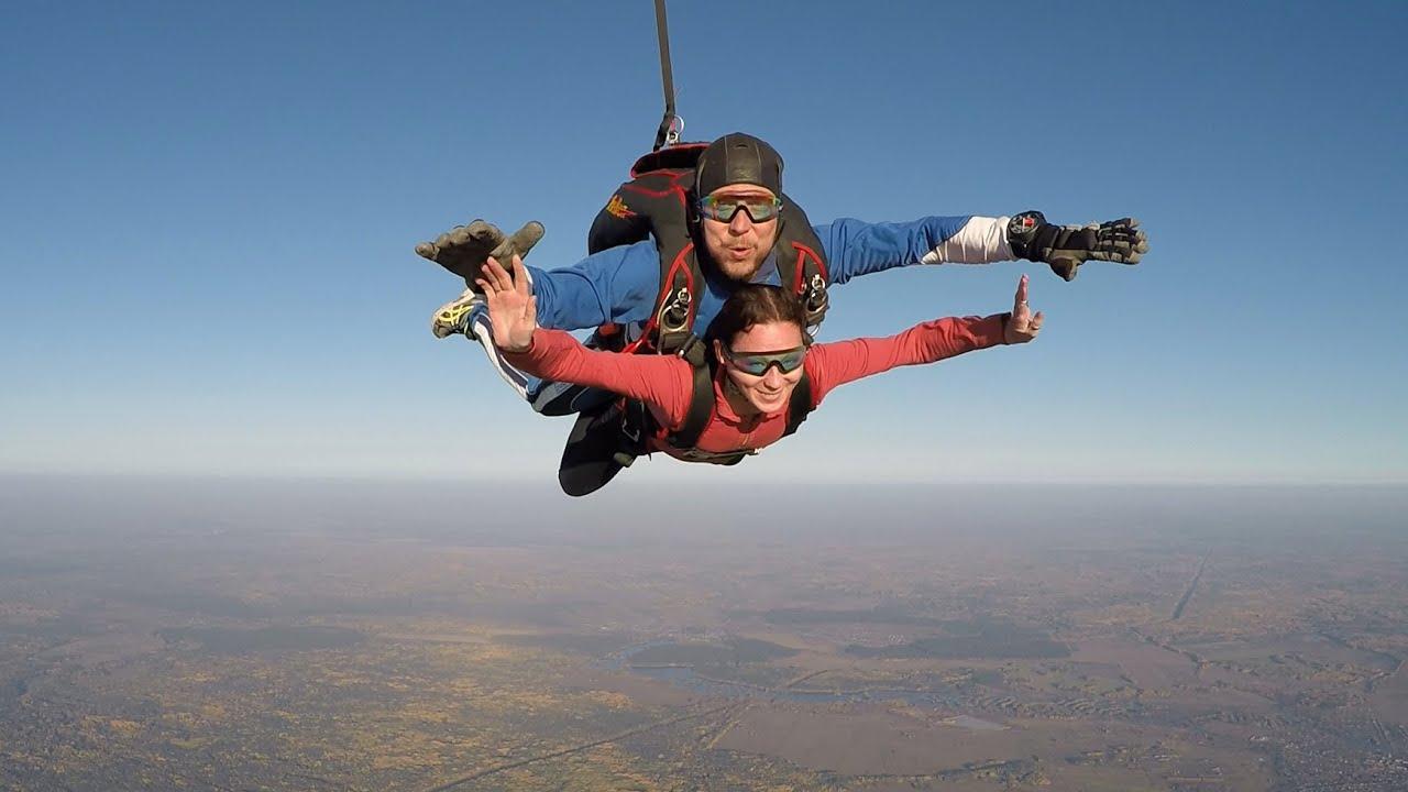 прыжок с парашютом 1 появились задолго появления