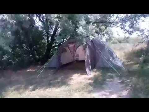 Отдых с палаткой у моря. Кучугуры. Очень красивое место.