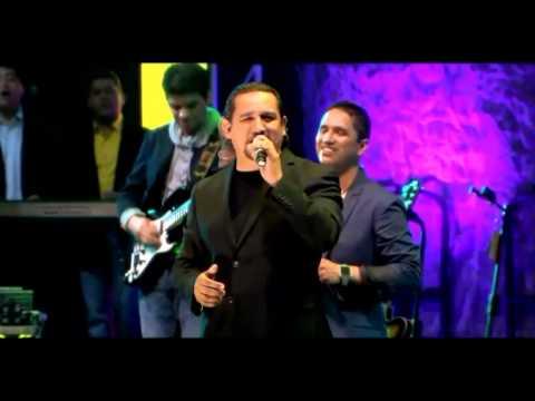 Toda La Noche Sin Parar/El Señor Es Mi Rey/Cristo No Esta Muerto/Remolineando - Miel SM Proezas