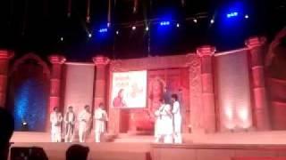 Shri Hanuman Chalisa sung by Amitabh Bachchan and 20 leading singers